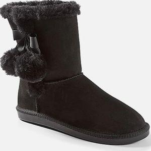 PomPom Cozy Boots